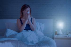 Notte con tosse e raffreddore