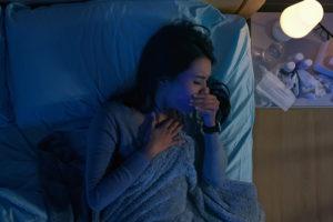 come dormire con tosse e raffreddore